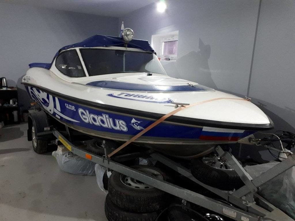"Лодка ""Gladius Glide 460"""
