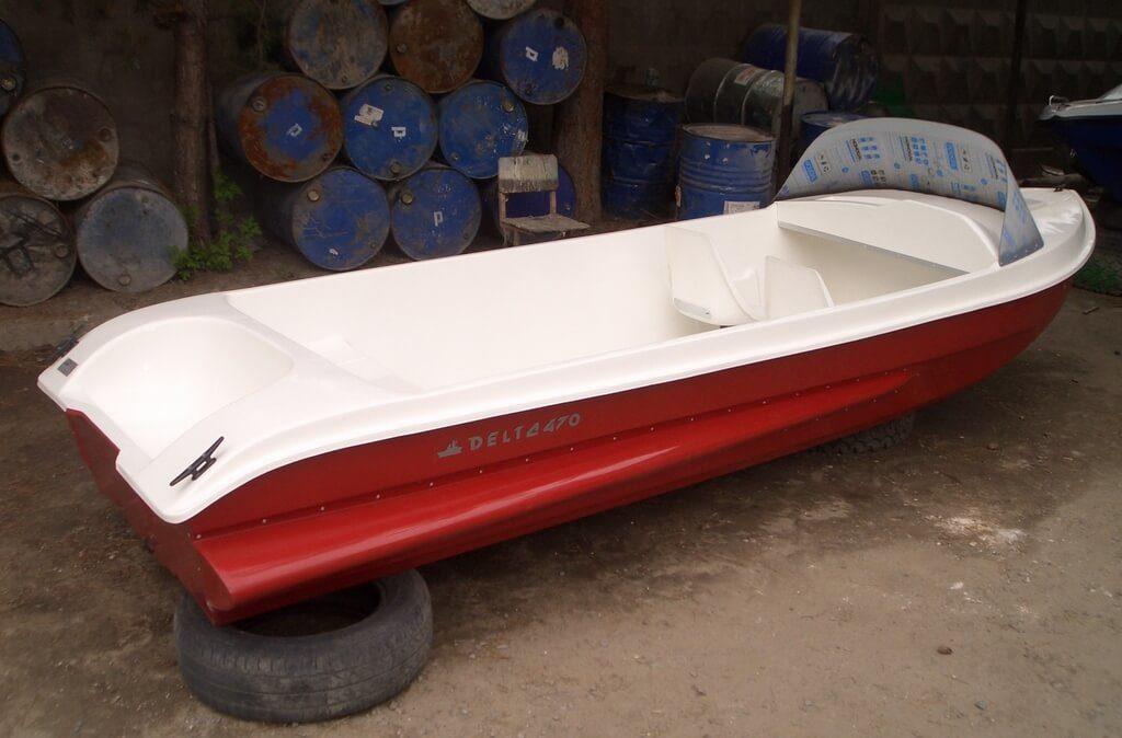 """Лодка """"Дельта"""""""