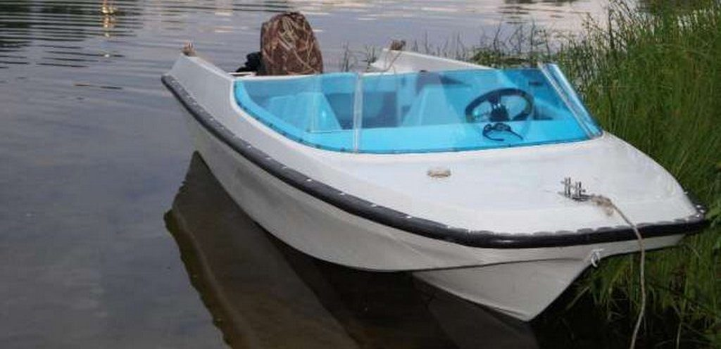 "Моторная лодка ""Гамма"""