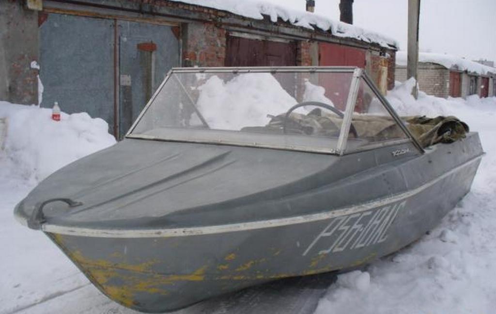 Носовая палуба лодки