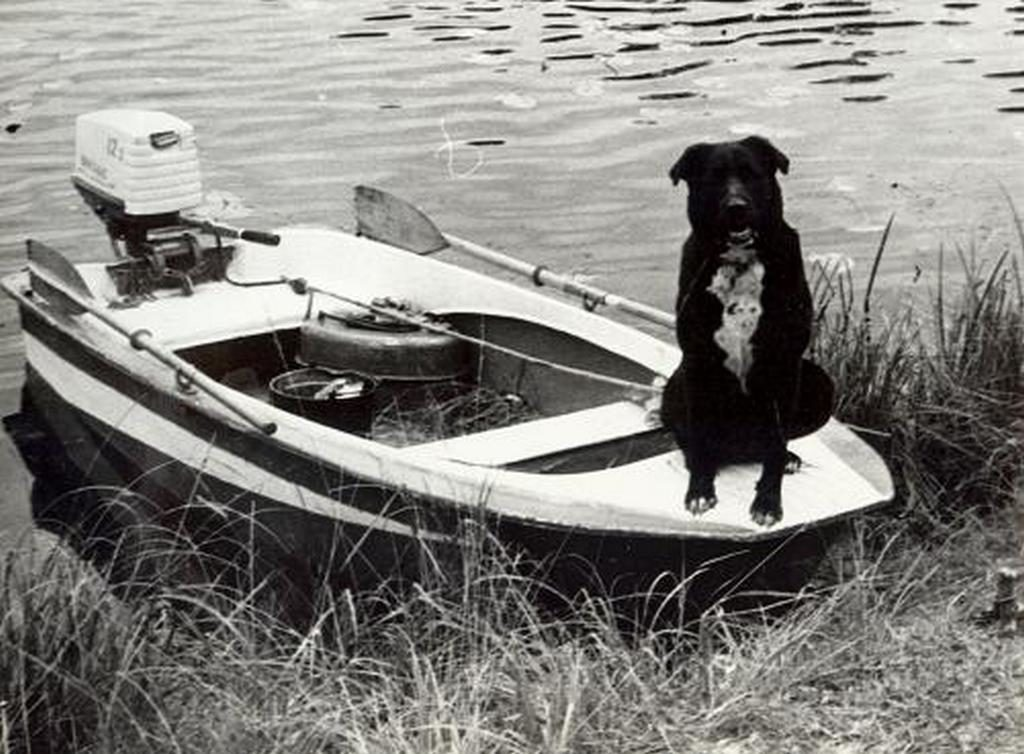 «Октябрина» лодка