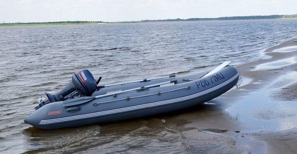 """Лодки """"Кайман"""" комплектуются помпой"""