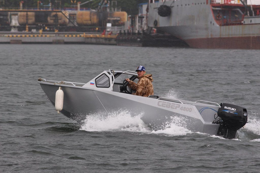 """Моторная лодка """"Север 4800"""""""