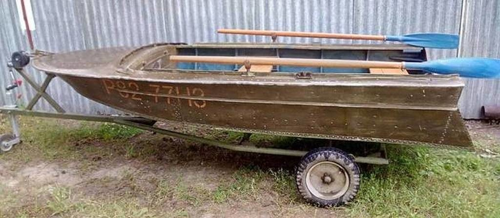 """Моторно-весельная лодка """"Вега"""""""
