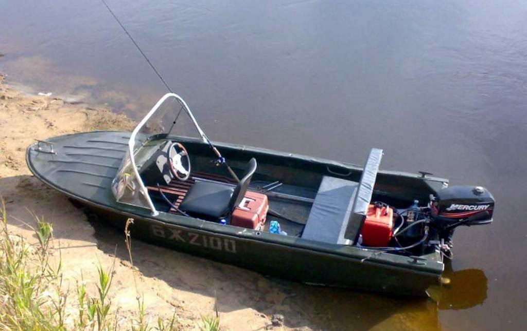 Моторная лодка Янтарь-2