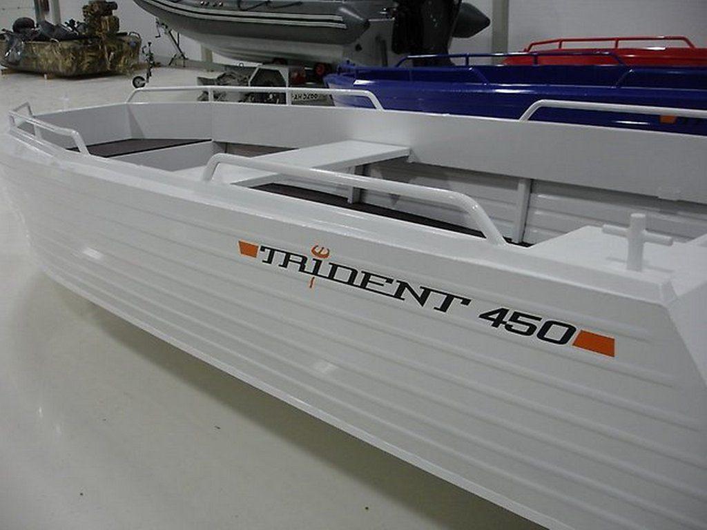 "Мотолодка ""Trident 450"""