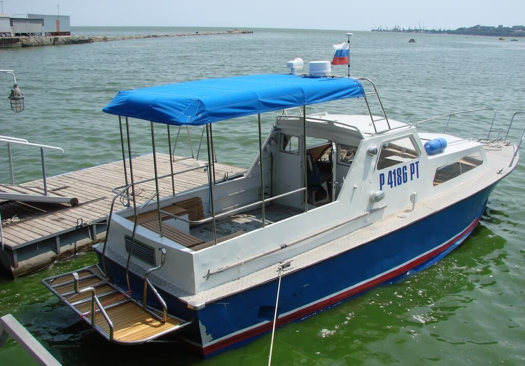 Лодка Аист