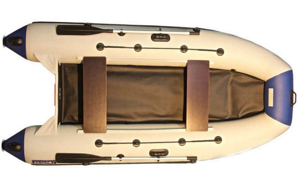 Лодка Камыш 3200 XL