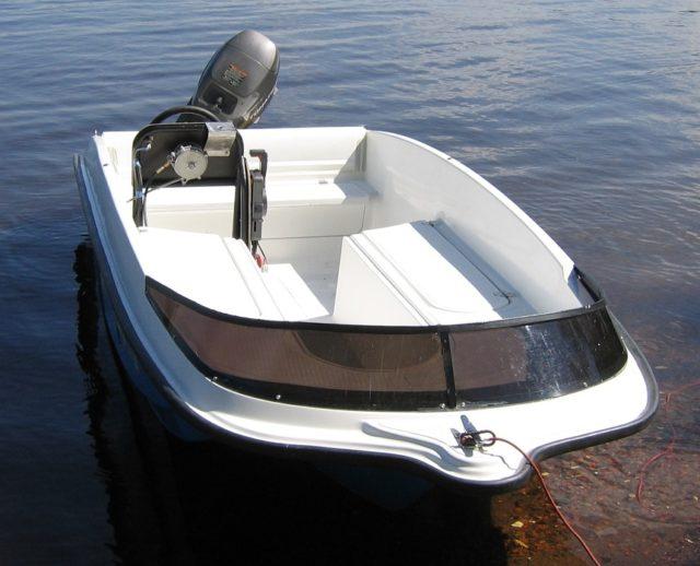Лодка Легант