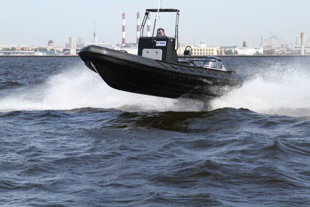 """Лодки """"Буревестник"""" - обзор моделей"""