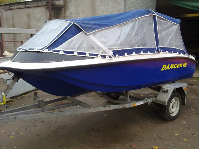 Моторная лодка Dancer