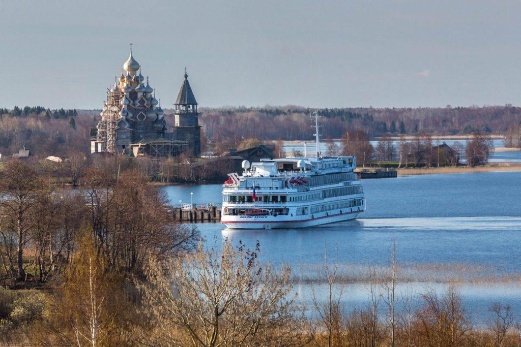 Стоит ли выбрать речной круиз по России